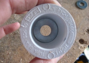 """a washer is used to """"reduce"""" the diameter of the hole, so that it centers better on the threaded rod"""